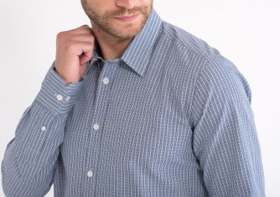 Ležerna dezenirana košulja