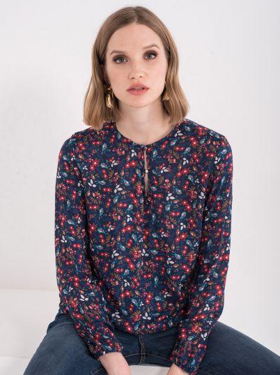 Bluza sa cvijetnim motivima