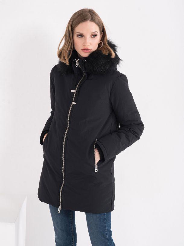 Atraktivna jakna sa krznom