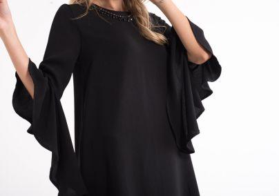 Crna lepršava haljina