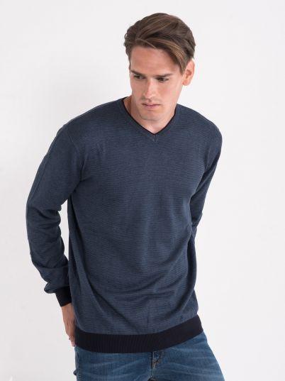 Džemper sa sitnim prugicama