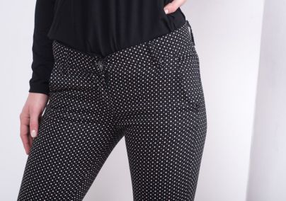 Pantalone sa tufnama