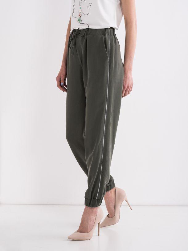 Ležerne pantalone