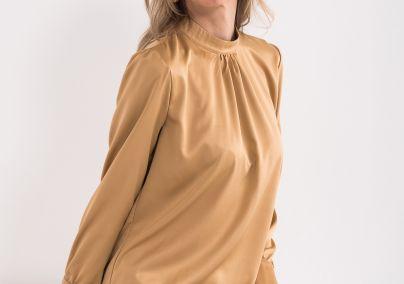 Bluza sa izrezom polurolke