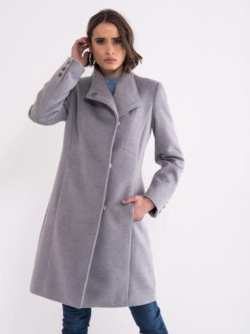 Sivi klasičan kaput