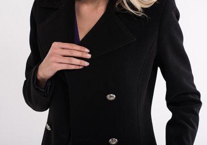 Klasičan ženski kaput