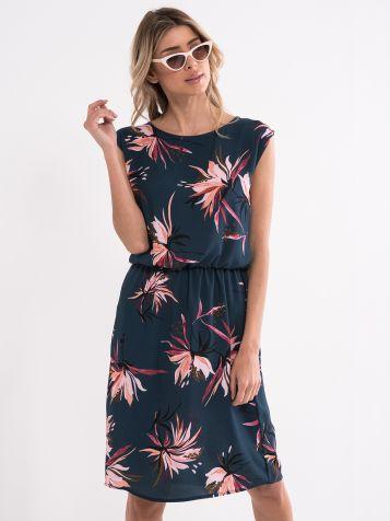 Obleka A-linije - krinolinasta obleka