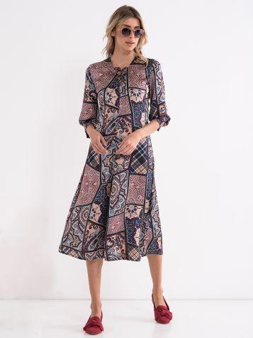 Obleka »A-linije« - krinolinasta obleka