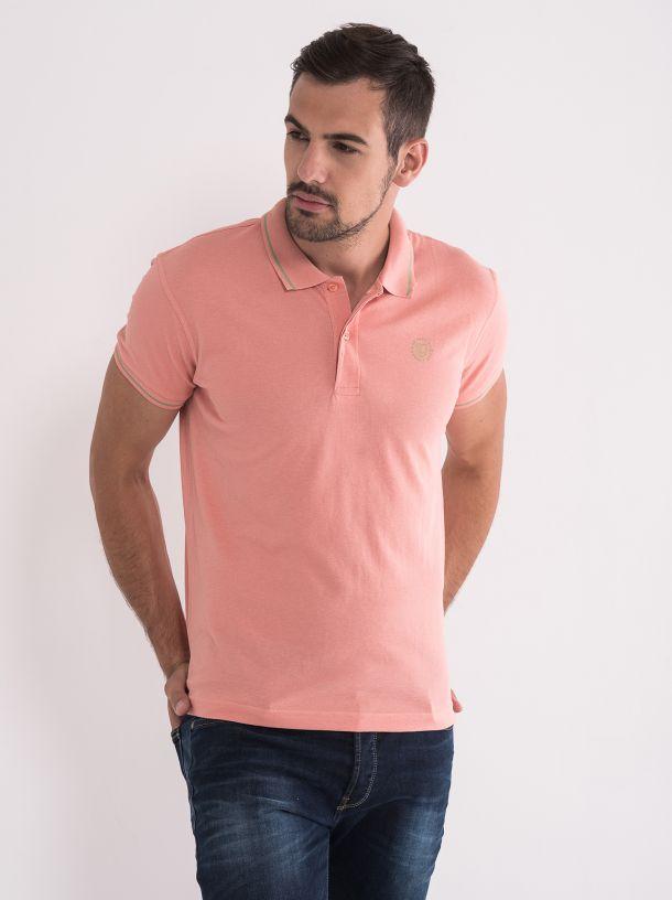 Majica sa kragnom roze boje