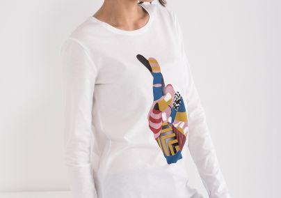 Majica sa printom ruke