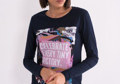 Teget majica sa štampom