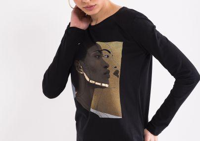 Majica sa zlatnim detaljima