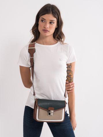 Ženska torbica v zemeljskih tonih
