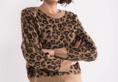 Džemper u leopard printu