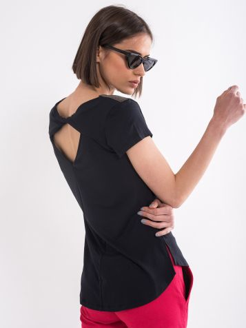 Majica sa izrezom na leđima