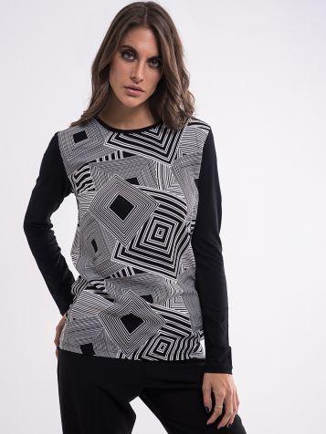 Atraktivna ženska majica