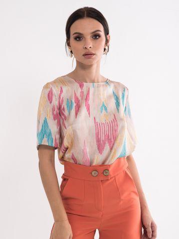 Oblikovana bluza
