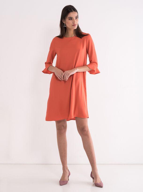 Narandžasta lepršava haljina