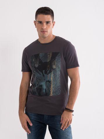 Majica sa atraktivnom štampom