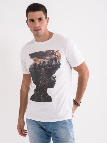 Majica s privlačnim potiskom