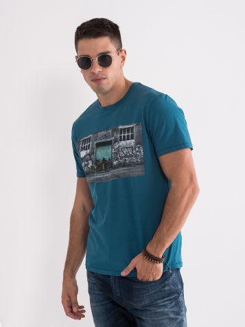 Majica sa modernom štampom