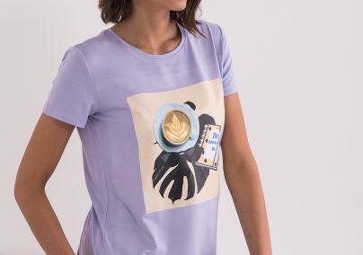 Majica u boji lavande
