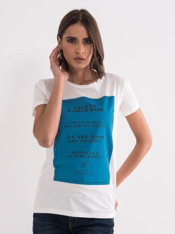 Majica s modrim potiskom