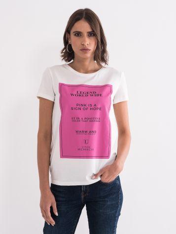 Majica z rožnatim potiskom