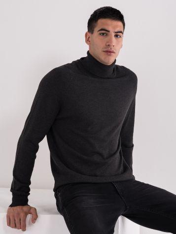 Muški džemper sa rolkom